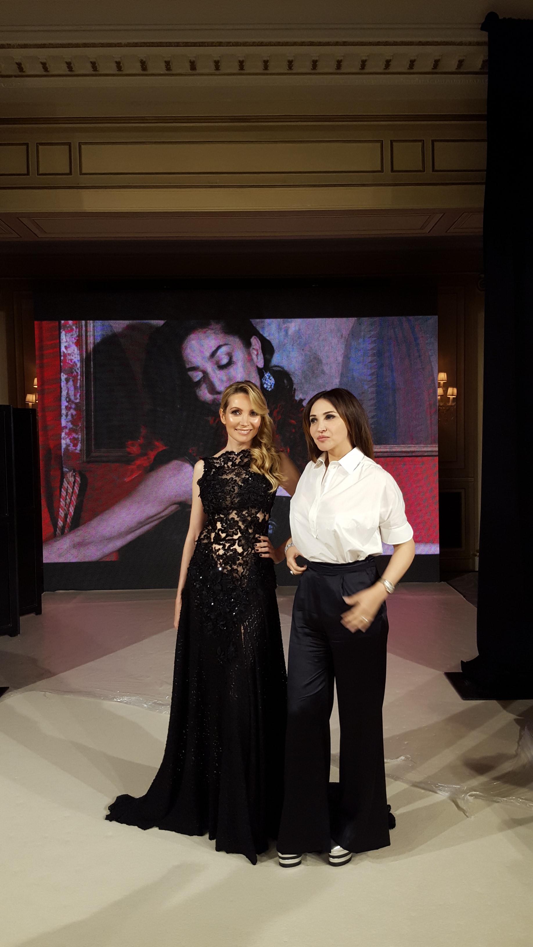 Elisabeth Visoanska with a designer