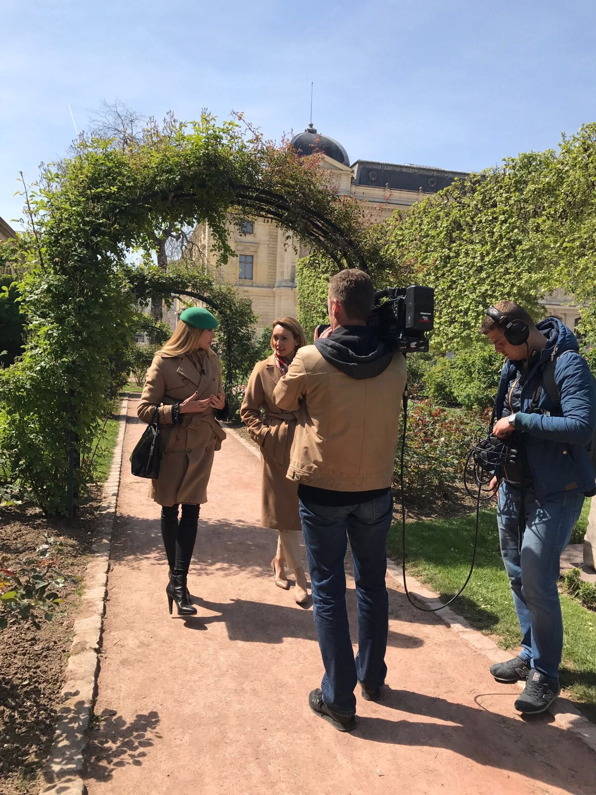 Elisabeth visoanska dans le jardin des plantes