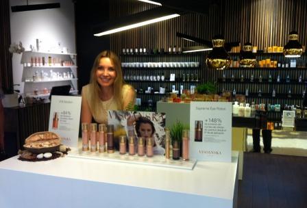 Elisabeth isoanska in Isolee Beauty Madrid
